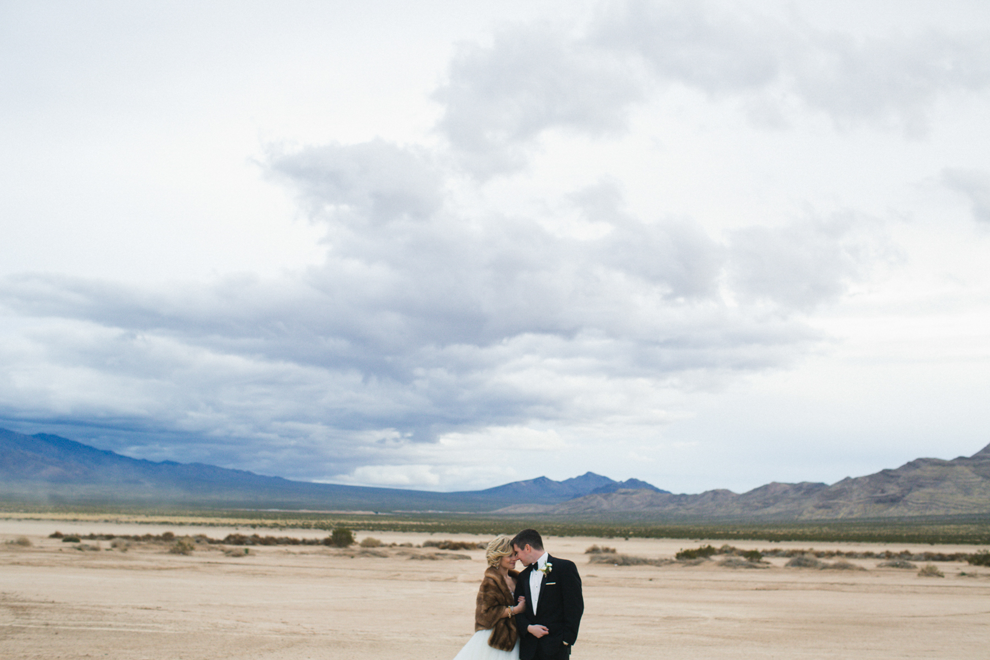 Courtney Mike Vegas Elopement_45